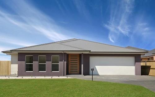 6 Illoura Place, Horsley NSW 2530