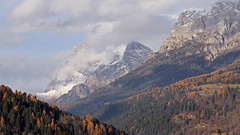 Winter is coming. The First snow whitens the Pala group. (ab.130722jvkz) Tags: italy trentino alps easternalps dolomites palagroup mountains autumn