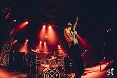BlessTheFall_11-21-16-5 (sailorstalkzine) Tags: too close touch new years day crown empire light up sky bless fall