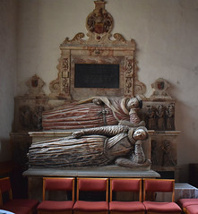 Sir John and Dame Katherine Clenche (Simon_K) Tags: holbrook suffolk eastanglia church churches nikon d5300