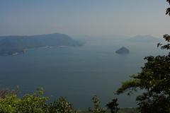 View from the top of Miyajima (iorus and bela) Tags: bela iorus japan 2016 holiday vakantie hiroshima miyajima itsukushima shrine view hiroshimabay