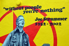 Joe Strummer comes to Blenheim Crescent (Malcolm Edwards) Tags: uk england london unitedkingdom malc nottinghill w11 joestrummer blenheimcrescent emmaharrison garyloveridge