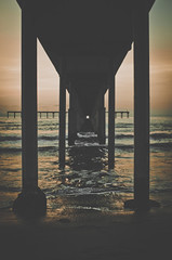 Know that you do (ELMUNDOPORMISOJOS) Tags: ocean california sunset seascape beach pier vanishingpoint waves sandiego oceanbeach