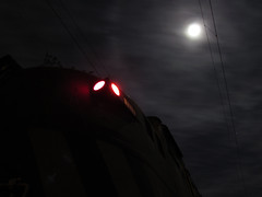 Ring of the Moon (Mono_Shadow) Tags: chile santiago trenes sofia fotos loren breda 3200 alameda teno contenedores gai chilean x10 talca maule e32 3227 carozzi e3200 marelli 50010 e3227 agrozzi
