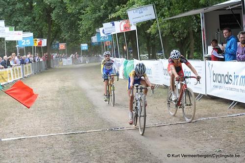 Nieuwelingen & juniors Kessel (571)