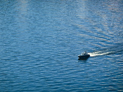 Boat in the sea (realdauerbrenner) Tags: city travel water boat reisen meer wasser ship sweden stockholm sommer schweden skandinavien stadt sverige scandinavia vatten stad resa shiff 2013