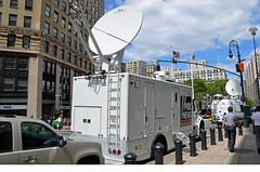 Fox News (Emergency_Vehicles) Tags: new york news truck town manhattan august down fox channel freightliner 2013 3203