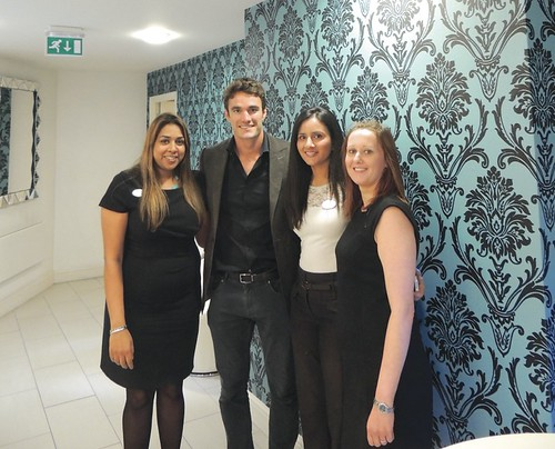Thom Evans, ex Scottish international rugby player & model /  Z-LASIK patient at Focus and members of the Focus team