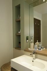 Bath Corner (Adam Swaine) Tags: uk england english beautiful canon photography interiors bathrooms britain 1740mm swaine 2013 handsondesign thisphotorocks adamswaine mostbeautifulpicturesmbppictures wwwadamswainecouk