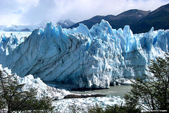 Perito Moreno Glacier from Peninsula de Magallanes, Santa Cruz Province, Patagonia, Argentina (Black Diamond Images) Tags: patagonia lake southamerica argentina argentine lago outdoor glacier andes peritomoreno glaciar lagoargentino sudamerica elcalafate américadosul andesmountains peritomorenoglacier amériquedusud glaciarperitomoreno zuidamerika sudamérica bdi losglaciaresnationalpark santacruzprovince parquenacionallosglaciares lakeargentino cordilleradelosandes peritomorenoglaciar brazorico southernpatagonianicefield provinciadesantacruz peninsulademagallanes patagoniasantacruz zuidamerikaamériquedusud patagonianargentina ricoarm