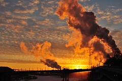 Steamwork Sunset (MJI Photos (Mary J. I.)) Tags: winter sunset cold ice minnesota yellow clouds january stpaul steam flame mississippiriver saintpaul range mn dsc2979 steampuff