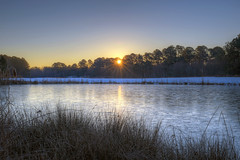 Sunrise 140131 (taduque) Tags: morning sky sun sunrise landscape dawn twilight northcarolina raleigh daybreak morningsky firstlight tadsunrise sunrisedaily sunriseonly lonniepoolegc