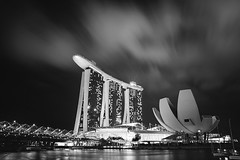 IMG_8545 (Olsomica) Tags: night clouds singapore mbs marinabaysands