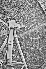 "Radioteleskop Effelsberg • <a style=""font-size:0.8em;"" href=""http://www.flickr.com/photos/7196089@N03/30126899545/"" target=""_blank"">View on Flickr</a>"