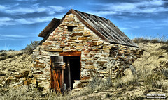 Oct 20 2016 - A second dynamite storage building along Nowater Road (lazy_photog) Tags: lazy photog elliott photography worland wyoming nowater creek slab dynamite storage buildings dugouts hill side old abandoned weathered 102016nowaterslabrootcellars