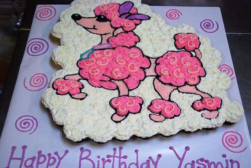 37-polkatots cupcake cakes