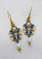 Sridevi Earrings (BeeJang - Piratchada) Tags: beadweaving beadwork beading pearl white swarovski miyuki earrings earring handmade jewelry gold blue