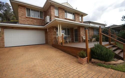 8 Donegal Terrace, Armidale NSW 2350