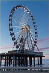 Ferris Wheel (HP019800) (Hetwie) Tags: zand zee water sand see strand noordzee beach reuzenrad ferriswheel depier scheveningen zuidholland nederland