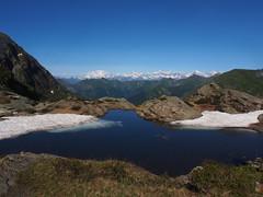 uno dei laghetti di Scaredi (Flurian da Smei) Tags: montagne grande estate blu rosa val neve monte alpi gite rifugi laghi