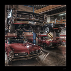 Quad Core (Kemoauc) Tags: nikon garage cave gto hdr showdown musclecar topaz dreamcar photomatix oscw d300s grosheppach kemoauc