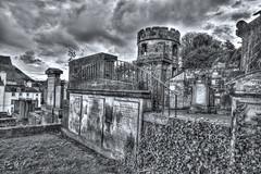 New Calton burial ground (elementalPaul) Tags: bw cemetery graveyard scotland edinburgh pentax hdr sigma1020mm photomatixpro 5xp k10d pentaxk10d newcaltonburialground