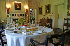 Dining Room at Christmas (Caro Wallis) Tags: christmas decorations festive table diningroom nationaltrust countryhouse gunbyhall
