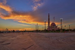 Sunset over Putra Mosque (Nur Ismail Photography) Tags: sunset reflection clouds islam putrajaya congregation hdr masjid placeofworship mirrorreflection putramosque hdrphotography masjidputra sifoocom nikond800e nurismailphotography nurismailmohammed nurismail