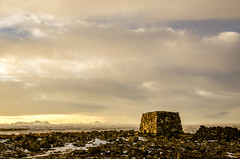 356 - Dagmlavara (li Mr) Tags: winter sunset landscape iceland pad hafnarfjrur cairn reykjanes capitalregion hafnarfjordur mtkeilir sfjall nikond7000 sigma1770f284osmacrohsm pad2013365 dagskot dagmlavara