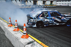 Fear (StaS.Rudenko) Tags: auto motion car de team movement smoke fear automotive odessa ukraine cones drift koe stas puz   kingofeurope rudenko  mospinek hypki driftedition