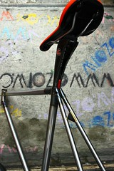 TAIWAN FIRST FIXEDGEAR SHOP OZOTW X 2014 PLUME2 LUG FRAME IN RAW X CINELLI CARBON SEAT POST (OZOTW) Tags: green bicycle shop 50mm cycling aluminum asia track raw meetup taiwan gear fork tire cap ag frame singlespeed fixed taichung fixie fixedgear gt carbon custom velodrome slope pursuit mash sanmarco skid lug ozo 2014 aff1 aff2 aff3 chainlock bottombracket 4130 cinelli 700c madeintaiwan 2013 6066 steelbike chromoly 46t completebike kingheadset tricktrack carbonrim bullhornbar barspinable ozotw srams80 wwwozotwcom 4130steel slopeframeset tpuvelcrotoestrap eurobottombracket 40mmdeeprim plume2 affframeset ospoke