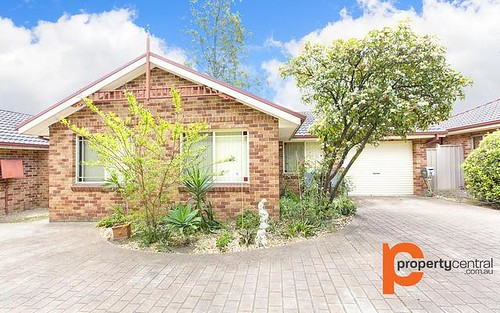 2/41 Bringelly Road, Kingswood NSW 2747