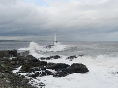 Stormy Seas, Nigg Beacon, Aberdeen, 17th Oct 2016 (allanmaciver) Tags: stormy seas waves east coast scotland aberdeen rocks nigg beacon harbour grey sea sky clouds watch