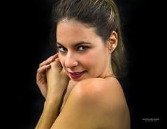 Noemy (juan Mario Cuellar) Tags: retrato mujer glamur noe yfernandez esther romera planeta insolito