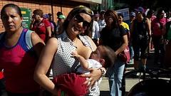 """Teta s, tetero no"" era una de las consignas (bancos de leche materna) Tags: caminata lactancia materna leche semana mundial parque del este caracas"