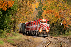 Something Special From Wisconsin (sdl39hogger) Tags: wsor wisconsinsouthern waukeshasub emd electromotivedivision sd402 milton wisconsin autumncolor autumn