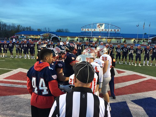 "Troy vs Piqua 10.28.2016 • <a style=""font-size:0.8em;"" href=""http://www.flickr.com/photos/134567481@N04/30543373951/"" target=""_blank"">View on Flickr</a>"