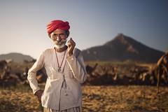 At Pushkar (Akilan T) Tags: people offcameraflash sigma sigma35mmart canon5dmk3 canon environmentalportrait portrait akilanphotography akilan india rajasthan pushkarmela pushkarfair pushkar chennaiweekendclickers cwc561 cwc
