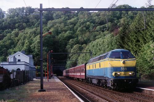 NMBS 5519 te Esneux op 17-5-2001 (SCAN)