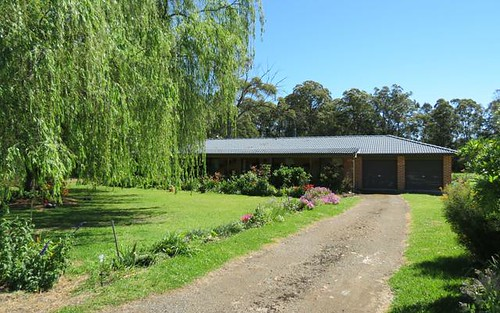 16 Stacey Drive, Taree NSW 2430