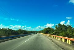 Traveling through Cienfuegos South Circuit road (lezumbalaberenjena) Tags: cienfuegos cuba 2016 road carretera lezumbalaberenjena