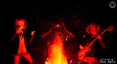 NOOOOOOOOO! (Sabrina Franzoni) Tags: bandai sh figuarts kylo ren star wars disney movie force awakens figma goodsmile company kon tainaka ritsu hirasawa yui anime japan music guitar toys toy figure photography fire cafa aliança de plástico