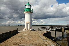 Le seul phare construit  l'intrieur des terres ? (bigorneau perceur) Tags: france phare loireatlantique paimboeuf