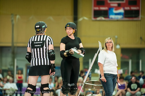 Bay_State_Brawlers_vs_Petticoat_Punishers_288_20130727