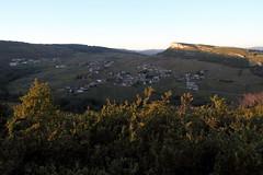 Un cadre grandiose (Chemose) Tags: autumn automne burgundy bourgogne vignoble vigne vinyard solutré vergisson mâconnais