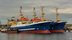 Twins (Fishing trawlers) (BraCom (Bram)) Tags: haven holland canon harbor boat twins scheveningen widescreen jetty nederland thenetherlands explore fishingboat geo 169 trawler stellendam zuidholland goereeoverflakkee vissersboot schip steiger tweeling pbgv southholland canonef70200mm sch23 sch22 pbgw bunkerbarge bunkerboot bracom wiron6 canoneos5dmkiii wiron5 bramvanbroekhoven