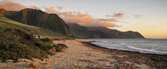 Sunset on the beach (CNorthExplores) Tags: ocean sunset mountains beach canon hawaii pacific oahu shoreline g11 waianae yokohamabay explored kaenapointstatepark