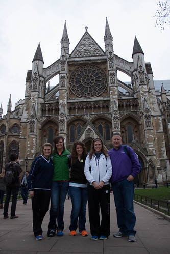 "Alika, Danika, Lainika, Janika, Dad at Westminster Abbey <a style=""margin-left:10px; font-size:0.8em;"" href=""http://www.flickr.com/photos/117397217@N06/12489665413/"" target=""_blank"">@flickr</a>"