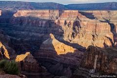 More shadows (jukkarothlauronen) Tags: arizona usa unitedstates grandcanyon