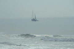 Sailing Boat in the Sea Mist (Deida 1) Tags: ocean seamist boat gale algarve